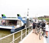 waterbus Dordrecht cyclists