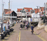 Cyclists Volendam Afslag