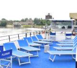 Fluvius deck Dordrecht sun chairs