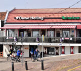 Cyclists Volendam d'Ouwe Helling