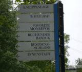 En route road sign