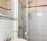 Sarah cabin bathroom