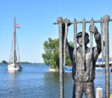 Elizabeth Monnickendam statue