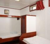 Twin cabin on upper deck