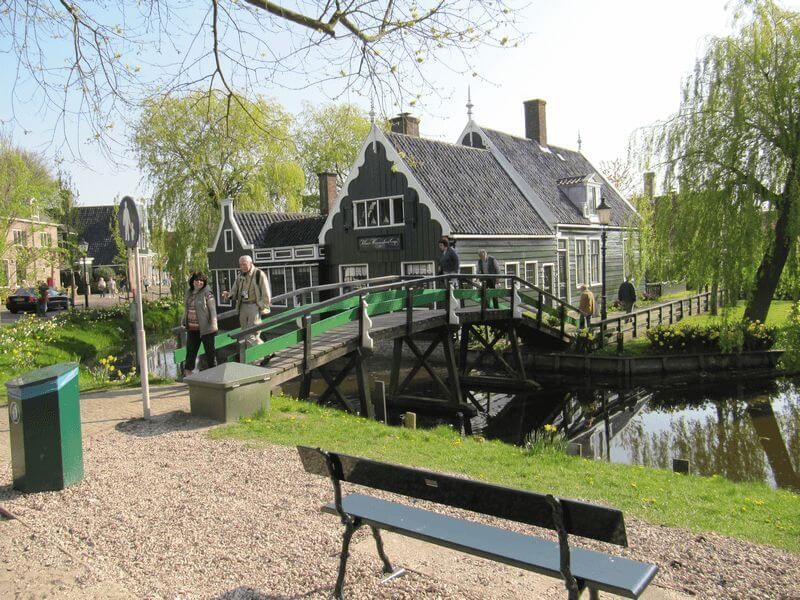 Lovely Bike Tour through the Netherlands on the northern