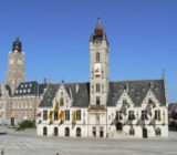 Dendermonde Grote Markt City hall (former Lakenhalle) (R) palace of Justice(L)