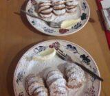 Dutch mini pancakes pofferterjes