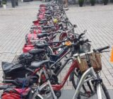 Zutpen bikes in a row