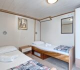 Pape Prvi twin cabin