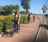 Netherlands Taste of Holland Guests cycling